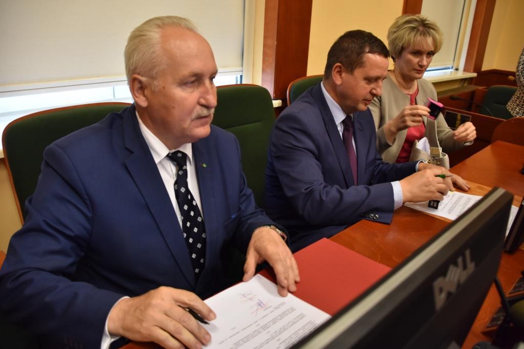 podpisanie umów Aktywna Wieś Warmii Mazur i Powiśla